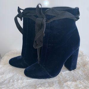 Zara Velet Blue Booties size 35/5